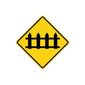 ป้ายเตือนทางข้ามทางรถไฟมีเครื่องกั้นทาง